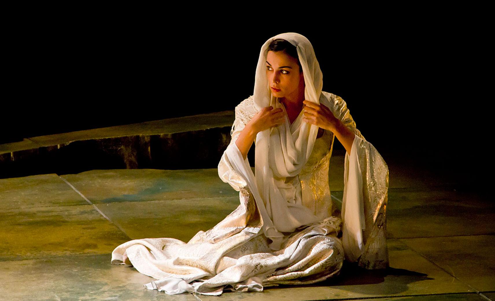 La hermosa Jarifa (The beautiful Jarifa) - Sara Rivero